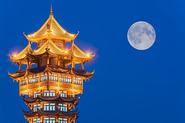 Trung Quốc tham vọng dùng... mặt trăng nhân tạo để thay đèn đường