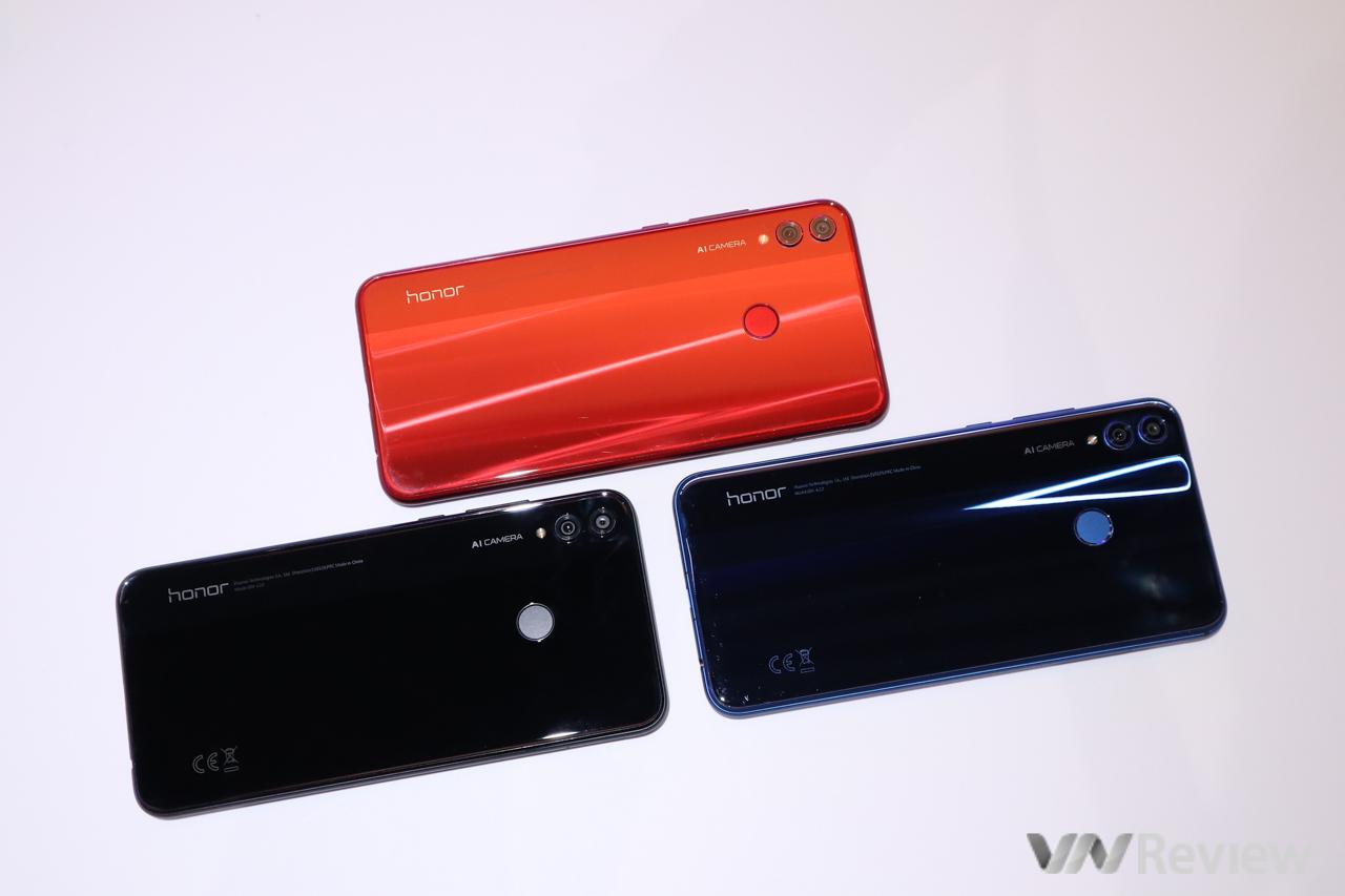 Trên tay Honor 8X vừa ra mắt tại Việt Nam: tai thỏ, camera kép, Kirin 710, giá chưa công bố
