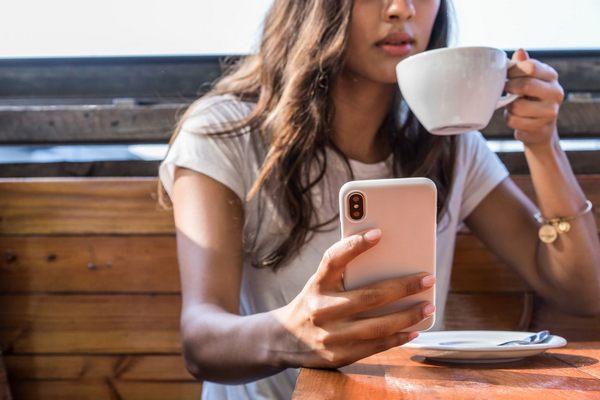 """Đa số thanh thiếu niên Mỹ cuồng iPhone vì sự """"sang chảnh"""" của thương hiệu Apple"""