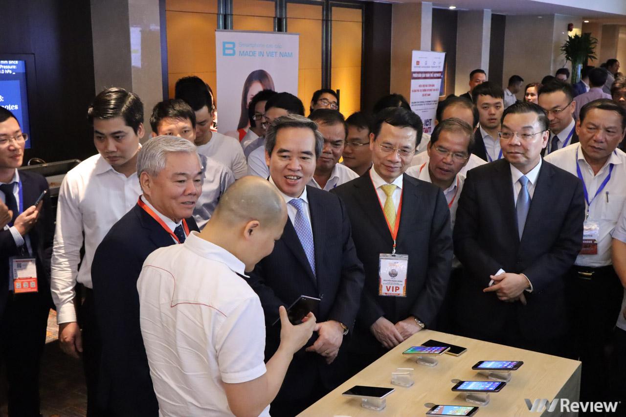 Chủ tịch Bkav: Việt Nam có thể có những sáng tạo cạnh tranh với Apple, Samsung