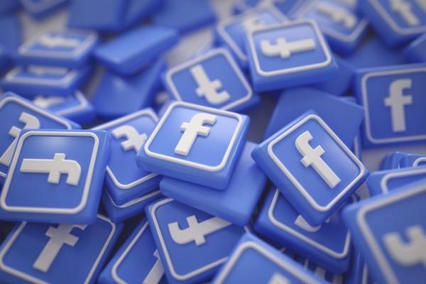 Khoảng 1/3 số người trên Trái Đất đang sử dụng các sản phẩm của Facebook mỗi tháng