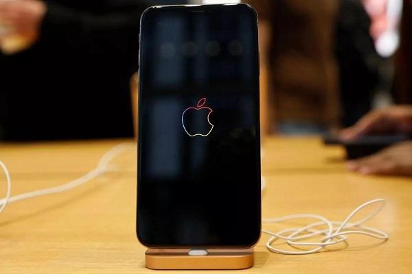 """Tất tần tật về """"ma trận"""" cáp sạc của Apple"""