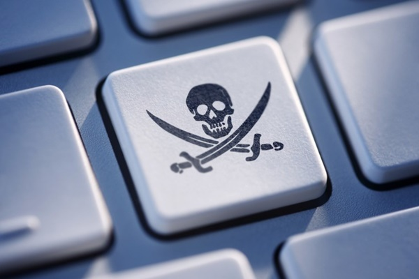 """Microsoft """"phát sốt"""" với tình trạng vi phạm bản quyền Windows tại châu Á"""
