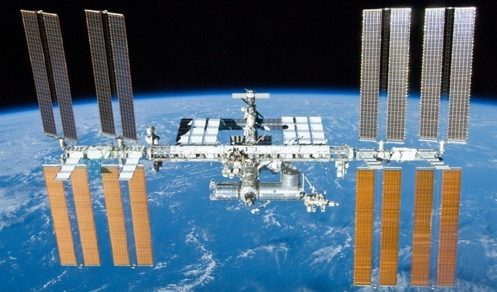 Hình ảnh của Trạm vũ trụ quốc tế ISS được ghi lại trong sứ mệnh STS-132 năm 2010