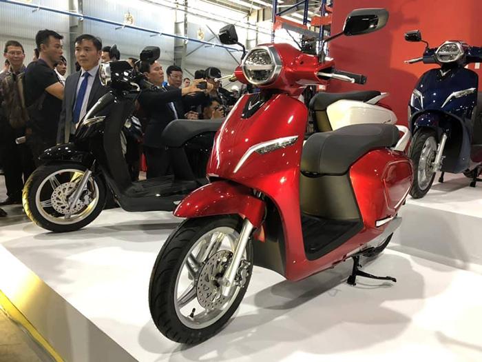 Xe máy điện của Vinfast có giá từ 21-54 triệu đồng - 246391