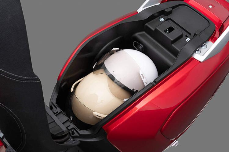 Xe máy điện của Vinfast có giá từ 21-54 triệu đồng - 246393