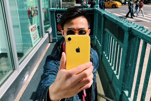 Đọ tốc độ mở ứng dụng trên iPhone XR và Galaxy Note 9: 8GB RAM có ăn đứt 3GB RAM?