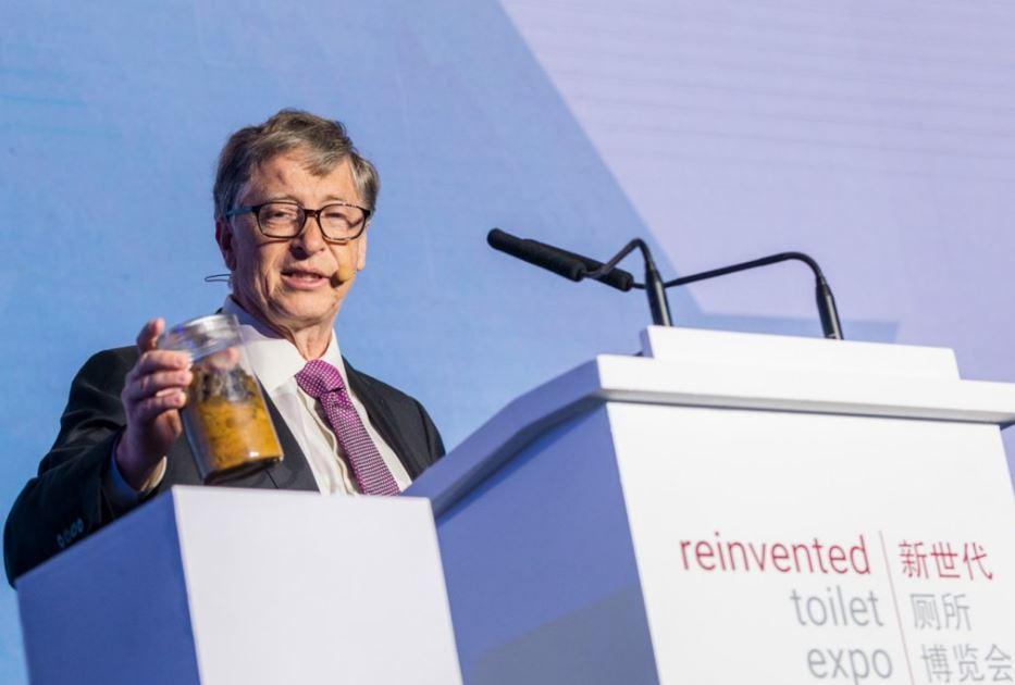 Bill Gates bị ám ảnh với tái tạo bồn cầu trên toàn thế giới, và ông vừa giới thiệu bồn cầu không dùng nước để chứng minh điều đó