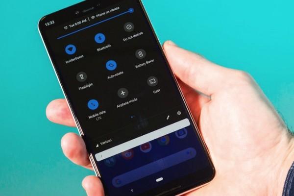 Google thừa nhận sai lầm trong thiết kế, xác nhận chế độ tối trên Android sẽ tiết kiệm pin hơn
