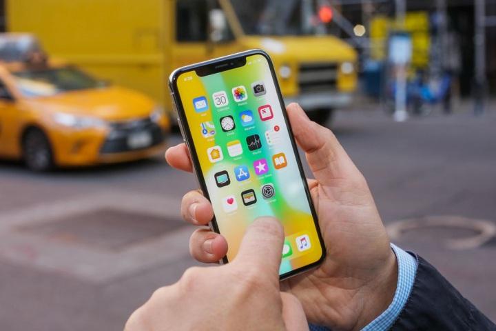 Apple sẽ sửa màn hình iPhone X lỗi cảm ứng miễn phí cho người dùng