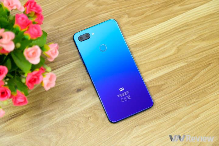 """Đánh giá chi tiết Xiaomi Mi 8 Lite: màn """"lột xác"""" thiết kế của Xiaomi ở phân khúc tầm trung"""