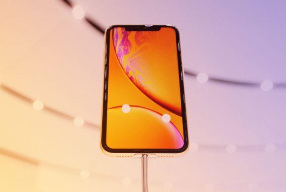 Doanh số iPhone kém buộc Apple ra quyết định nguy hiểm: Giảm đơn hàng iPhone đời mới, tăng sản xuất iPhone đời cũ