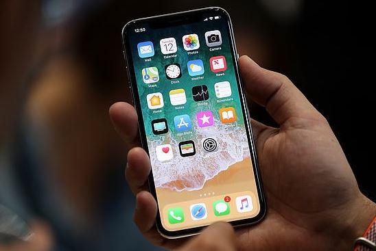 iPhone X bị lỗi cảm ứng do linh kiện, không xử lý được bằng phần mềm
