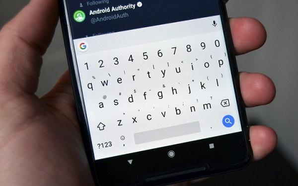 Bàn phím Gboard cập nhật AI để tự động gợi ý emoji, sticker và GIF, mới chỉ hỗ trợ Android