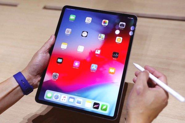 Mổ bụng iPad Pro 11 inch (2018): điểm sửa chữa 3/10, bên trong chứa rất nhiều nam châm