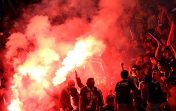 Trận Việt Nam - Malaysia tối nay trên sân Mỹ Đình: không lo chuyên môn, chỉ sợ pháo sáng