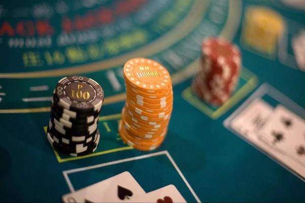 Lợi nhuận khổng lồ từ sòng bạc, Macau phát cho mỗi người dân hơn 1000 USD