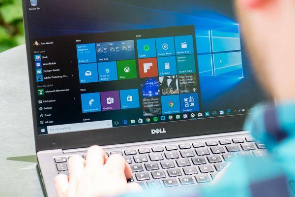 Những hình ảnh đầu tiên về giao diện sáng màu (light theme) trên Windows 10 Redstone 6