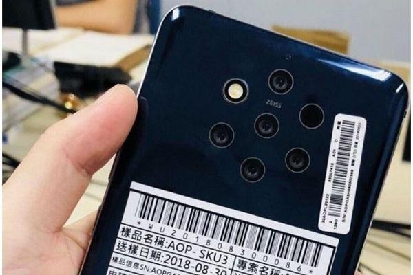 Lộ ảnh render ốp lưng cho Nokia 9 PureView, khẳng định thiết bị này có 5 camera