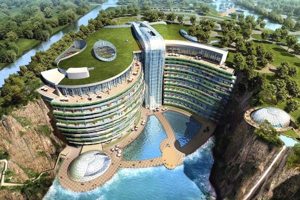 Tham quan khách sạn 5 sao độc đáo tại Trung Quốc, xây dựng ngay dưới hố sâu gần 100 mét