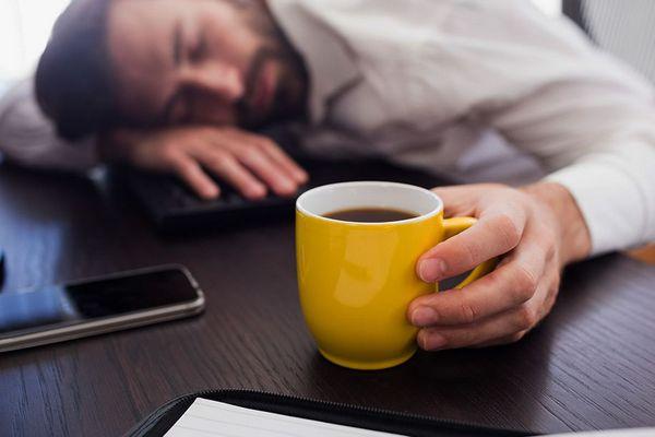 Uống cà phê trước khi chợp mắt đem đến hiệu quả tỉnh táo tuyệt vời