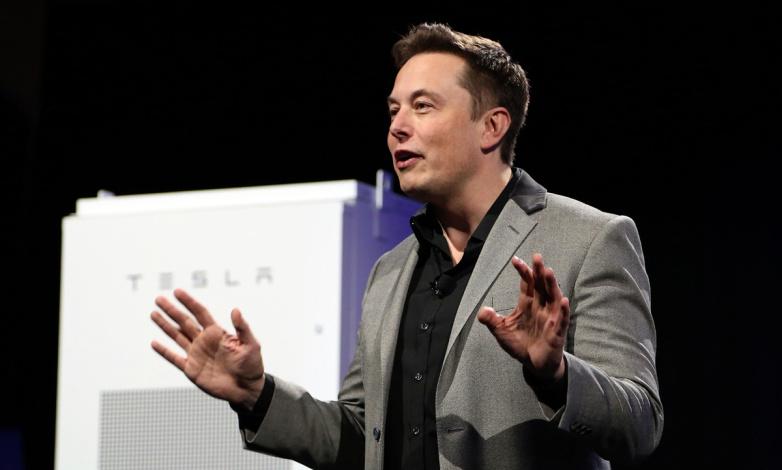 Elon Musk tiết lộ: Đầu năm nay có lúc Tesla suýt phá sản