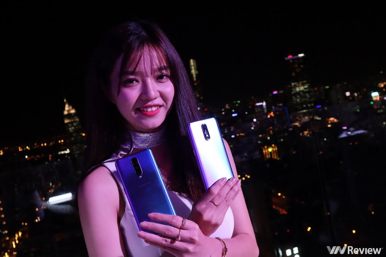 Oppo R17 Pro chính thức về Việt Nam: 3 camera sau, vân tay trong màn hình, giá 16,99 triệu đồng