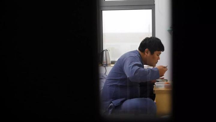 Bên trong nhà tù giả dành cho những người cần sự an ủi ở Hàn Quốc