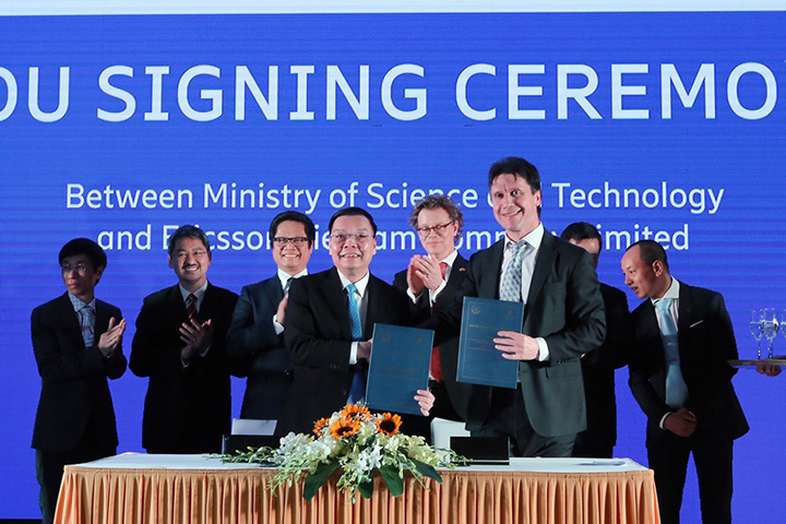 Ericsson hợp tác với Bộ KH&CN thiết lập Trung Tâm đổi mới sáng tạo về Internet Vạn Vật