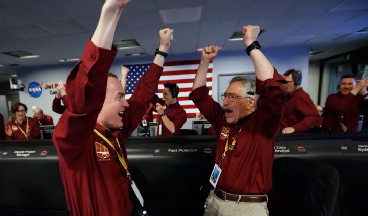 Tại sao việc hạ cánh InSight của NASA lại là chiến thắng chung của nhân loại?
