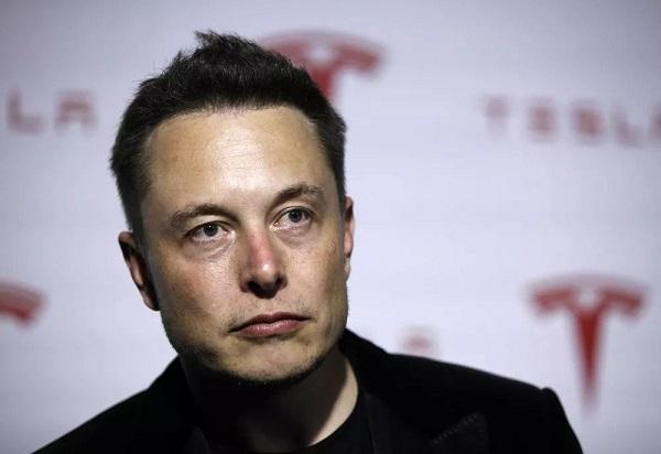 Người hùng hay gã khùng không quan trọng, Elon Musk vẫn chỉ là Elon Musk mà thôi!!!