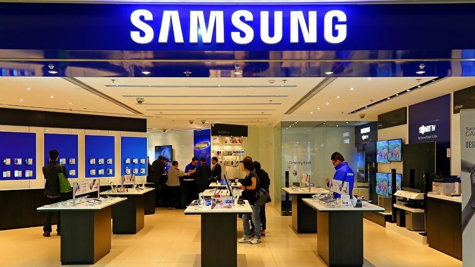 Vẫn dẫn đầu thị trường nhưng doanh số smartphone Samsung sụt giảm mạnh chưa từng có