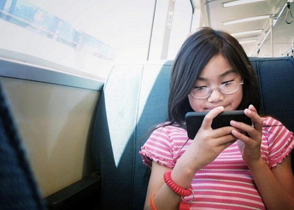 60% người Việt dùng Internet và dùng 7 tiếng/ngày