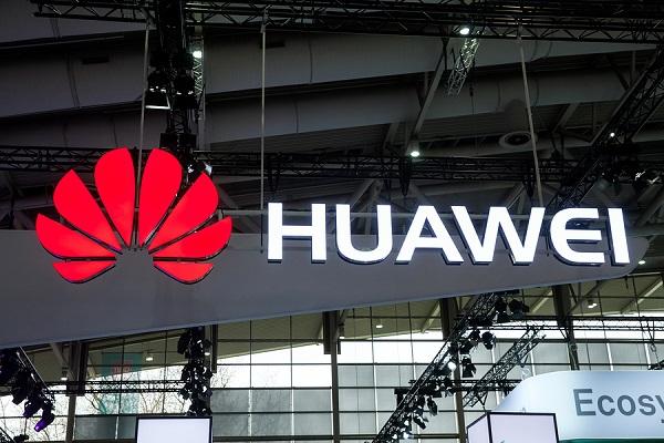 Phó Chủ tịch của Huawei bị bắt giam tại Canada
