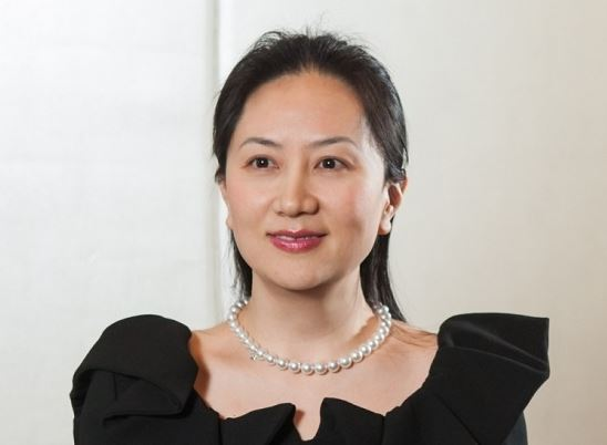 """Tại sao """"ái nữ"""" Huawei Mạnh Vãn Châu bị cáo buộc lừa đảo?"""