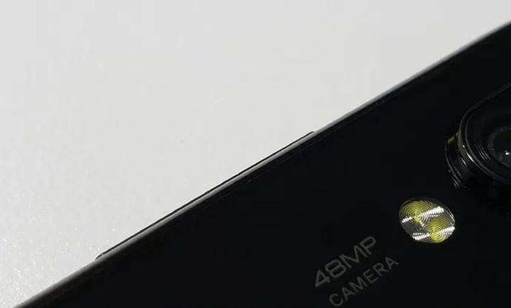 Các điện thoại 48 megapixel chuẩn bị đổ bộ thị trường