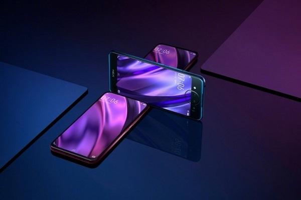 """Vivo vừa giới thiệu smartphone """"quái"""" nhất: 2 màn hình, 3 camera"""