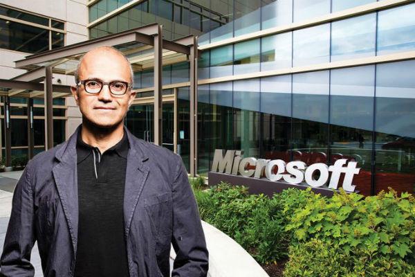 Giúp Microsoft vượt mặt Apple, Satya Nadella được bình chọn là CEO xuất sắc nhất Mỹ năm 2018