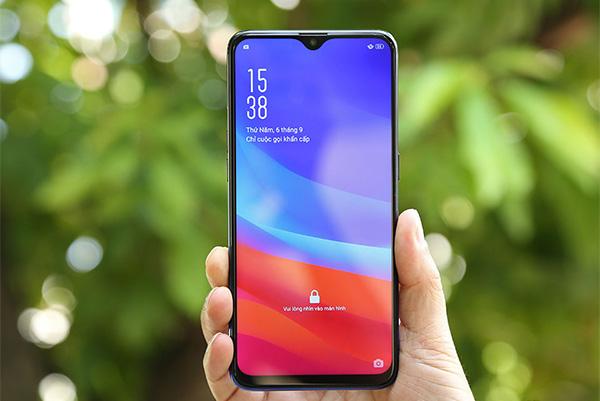 10 smartphone dẫn đầu xu hướng tìm kiếm trên Google ở VN 2018: Oppo, Apple chiếm đa số, không có Samsung
