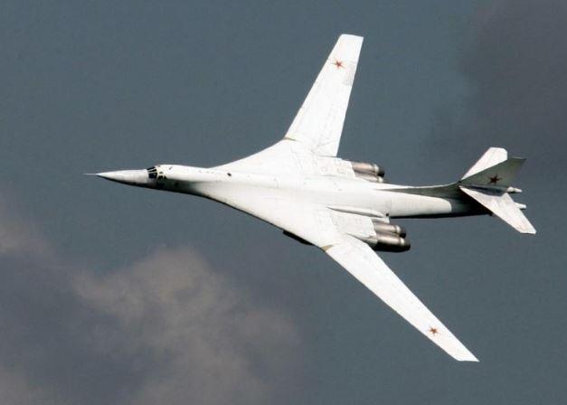 Mỹ chê máy bay ném bom chiến lược Tu-160 Blackjack của Nga là 'hiện vật bảo tàng'