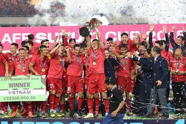 """Vô địch AFF Cup 2018, ĐT Việt Nam nhận """"mưa"""" tiền thưởng"""