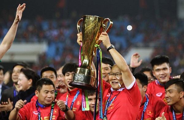 Dân Hàn cổ vũ Park Hang-seo, trận chung kết AFF Cup đạt kỷ lục rating