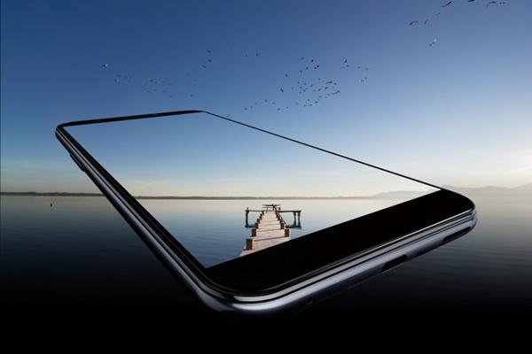 HTC bất ngờ ra mắt Desire 12s: màn hình 5.7 inch, chip Snapdragon 435