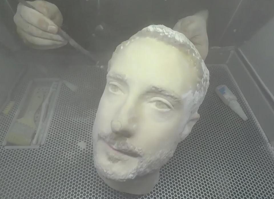 Đầu giả 3D đánh lừa được các flagship Android nhưng không lừa được iPhone X