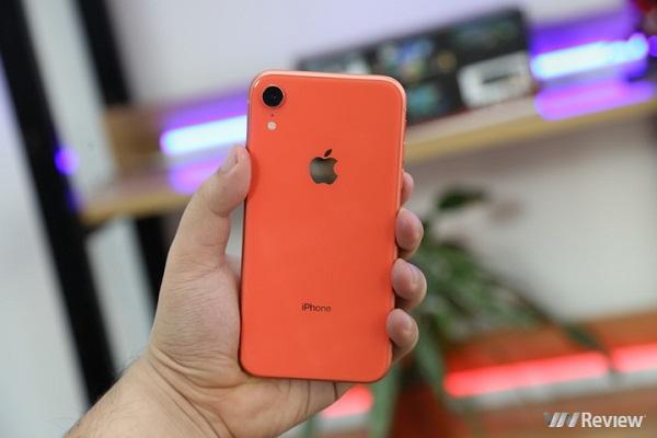 Đánh giá iPhone XR: chiếc iPhone tuyệt vời cho ai sẵn sàng hy sinh độ sang chảnh