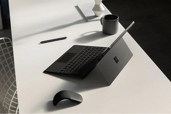 Surface sẽ là dòng sản phẩm chiến lược của Microsoft trong tương lai