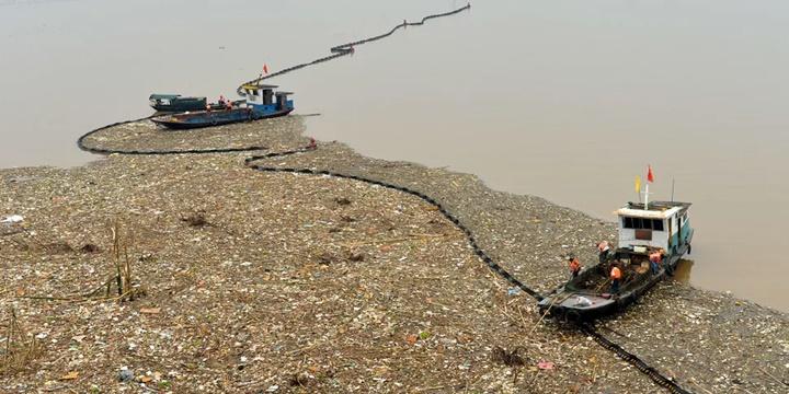 Các nhà khoa học phát hiện điểm sâu nhất của Trái đất bị ô nhiễm bởi nhựa
