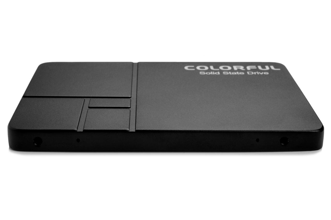 Colorful trình làng ổ SSD SL500 dung lượng 2TB, giá chỉ khoảng 5,8 triệu đồng