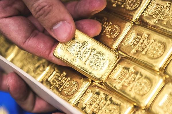 """Giới khoa học Trung Quốc tuyên bố tìm ra cách """"hô biến"""" đồng thành vàng"""