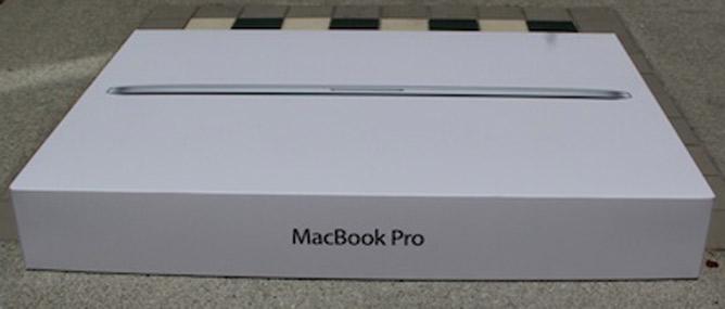 Đập hộp siêu phẩm MacBook Pro Retina